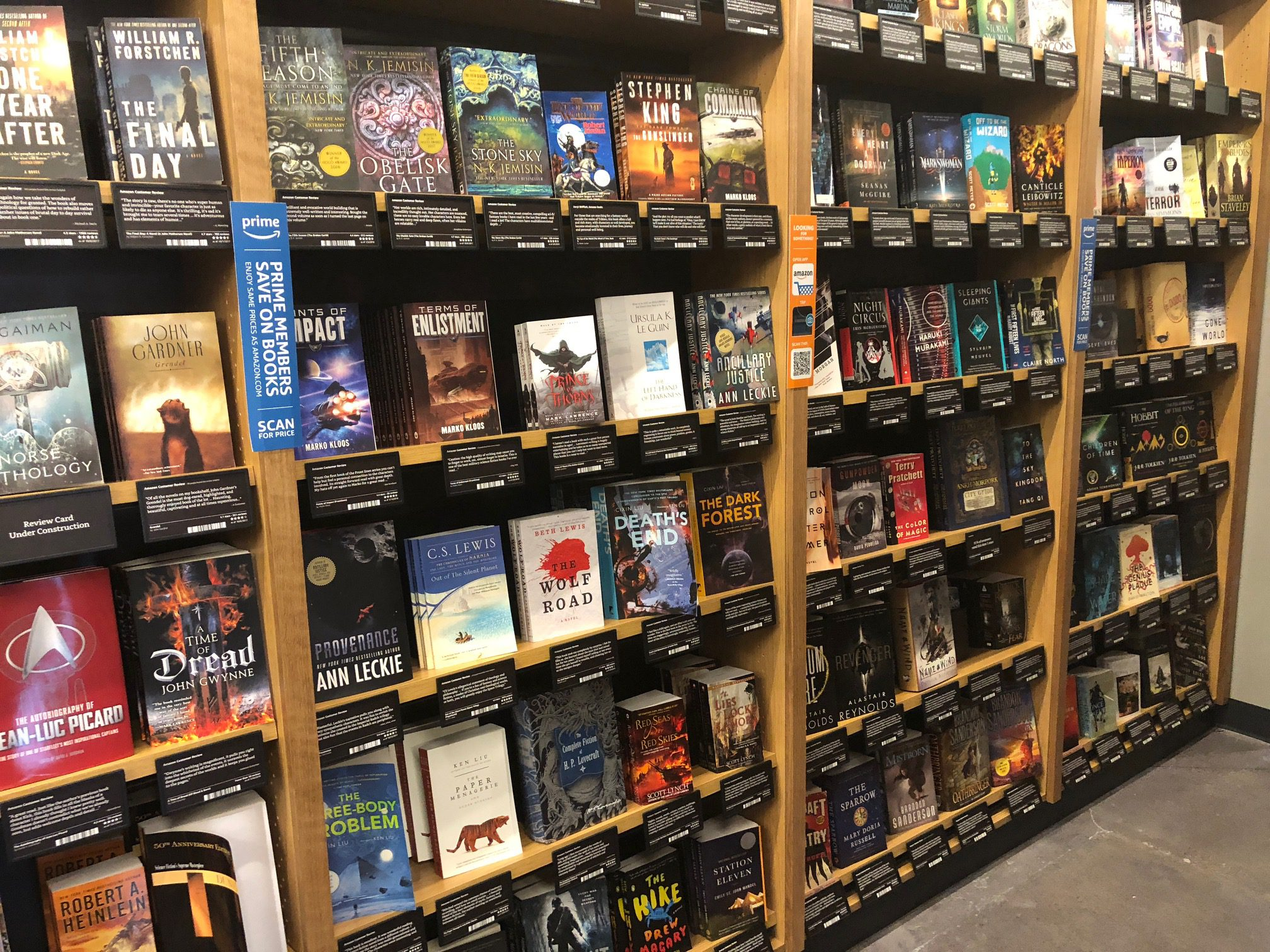 My Trip To An Amazon Bookstore: A Review